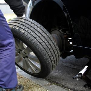 え!そんなことってあり?タイヤが盗まれた!保険を使わない方が良い!?