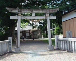 三ツ石神社にいきました(岩手県盛岡市)