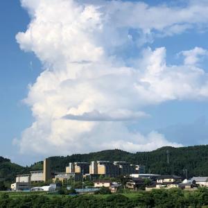 今日も楽しくポタリング  夏の空入道雲