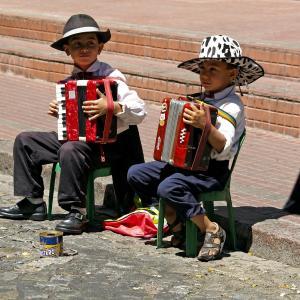 子供の習い事はピアノがおすすめ?3歳から習うメリットを3つ解説します。