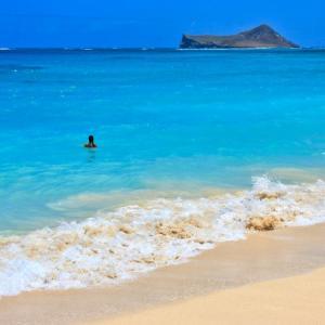 ハワイ・リゾート|ムームーをレンタルするならここがおすすめ!