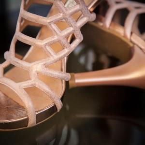 ハワイ挙式に参列|ムームーにはどんな靴を合わせればいい?