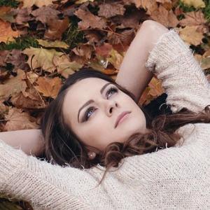 夢思ひ出してゐる間の秋気かな