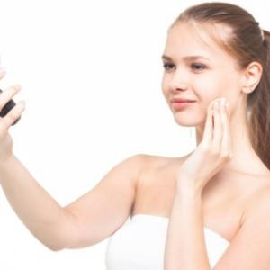 刺す化粧品 オデコディープパッチ 今までにない角質層までの浸透力