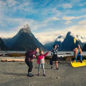 ニュージーランド航空が機内安全ビデオ最新作「8番目の不思議」編を公開