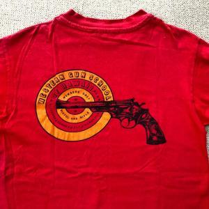 スナイパーな私にとってのトロフィー♪ン十年物のTシャツです【お題・つぶやき】