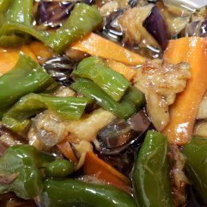 食後の片付けの続きで常備菜を作ります