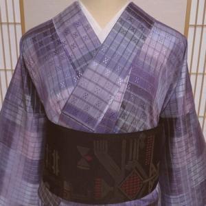 華やかな花織紬×古代壁画風の洒落袋帯