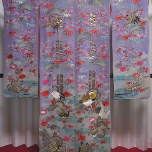 時代衣装 江戸縮緬地の暈しに総刺繍の綺麗な打掛