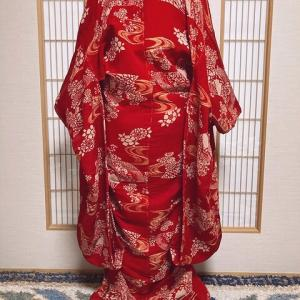 時代衣装 深紅色の江戸縮緬の打掛~舞台衣装やディスプレイに