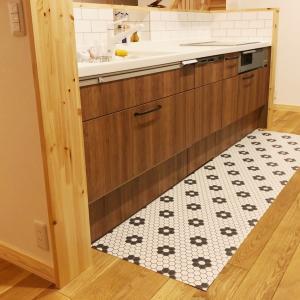 使いたかったクッションフロアが、まさかのキッチンに!