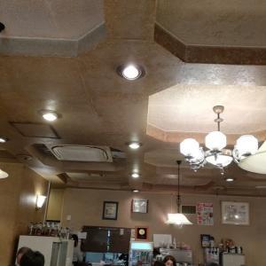 町田:町田で半世紀以上続く老舗店「グリルママ」のミックスフライランチ