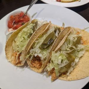 新宿:「居留地」でメキシカンな飲みの後に「へぎそば 昆」ののっぺを味わう