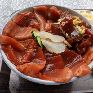 横浜:横浜魚市場内の『 厚生食堂』で雨の日鉄火丼をいただく♪