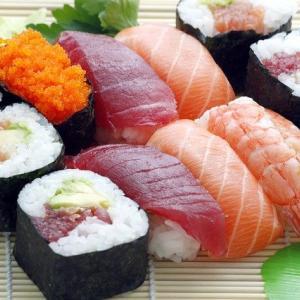 スーパーのパック寿司が好きなんだ