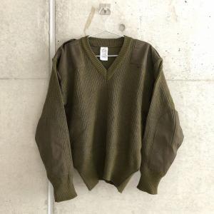 コマンドセーターとは?|冬のスタメンニットはイギリス軍発のミリタリーセーターで決まり!