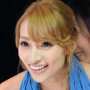 加藤紗里、母となって初の母の日に「銭金じゃない」…娘のために「戦う