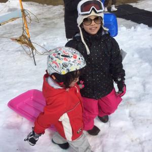 3歳児も大興奮!雪山デビューにオススメなゲレンデ。