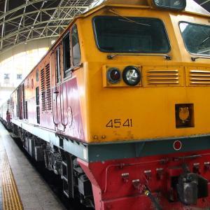海外旅行 バンコクから古都チェンマイを寝台列車で往復!飛行機との差額は??東南アジア鉄道旅行 タイ国鉄の巻