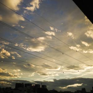 18時35分に見上げた空