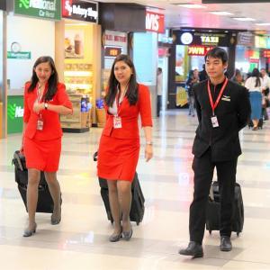 ベトナムに行こう! 海外旅行 飛行機の玄関はホーチミンとハノイの空港だ!