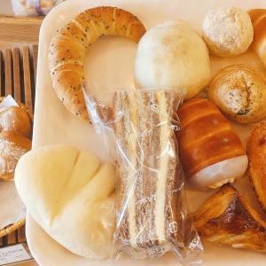 内灘の有名店パン屋【ボングー】地元客で賑わっており商品の種類も豊富!