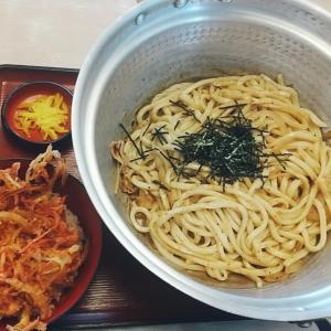 白山市吉本製麺嵐さんで焼うどん鍋+かき揚げ丼。モーニングもお得です