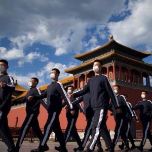 米国が、人民解放軍と関係のある中国人留学生のビザ取消を検討