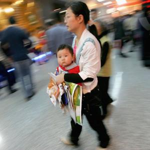 3人っ子政策へ転換した中国政府に、国民は懐疑的