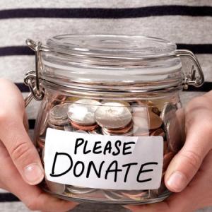 過去20年間で、寄付するアメリカ人世帯が減少