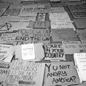 Occupy Wall Street 運動が、この10年間にもたらしたもの
