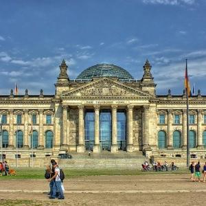外国人の受け入れ政策が変わる?ドイツ国会総選挙