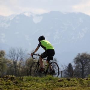 どうしてクロスバイクからロードバイクに乗り換える人が多いのだろうか?