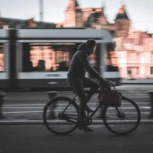 自転車通勤のメリット・デメリット、自転車通勤でも交通費が貰える?!