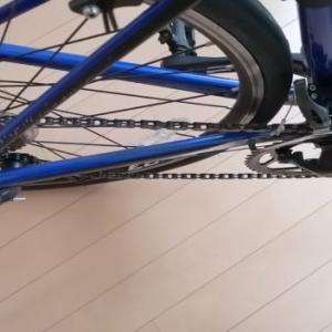 ロードバイクのペダル周りの干渉音の原因は何?トリム調整機能で一発解決!!