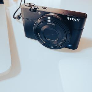 今更ながら10年前に発売されたカメラの初代RX100を購入しました