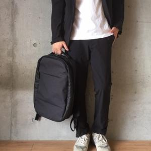 【Incase(インケース)】リュック City Collection Compact Backpackをレビュー