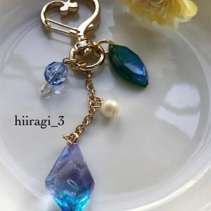 青紫の鉱石