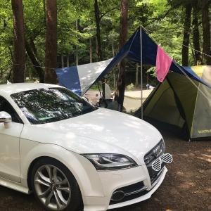 コンパクトクーペでキャンプに行く