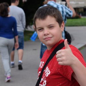 ユニクロで小学生の通学用ジャンパーを買う