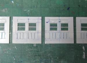 マニ32 荷物室扉の工作3
