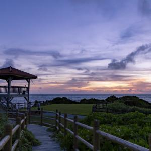 西表島で夕焼けを見るならうなり崎公園展望台へ。