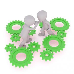 工場さんに自社サイトを構築して運用するプレゼン資料を作る