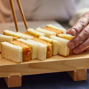 """専用に開発した、""""高級だし食パン""""を使用した、だし巻揚げサンド専門店が大阪・なんばCITYに登場"""