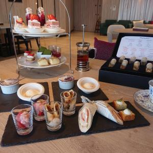 Strawberry Afternoon Tea at琵琶湖マリオットホテル