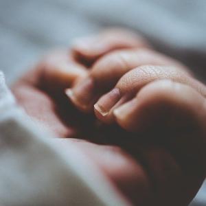 子どもが爪切りを嫌がる4つの理由と「爪切り」をするときに出来る5つの工夫