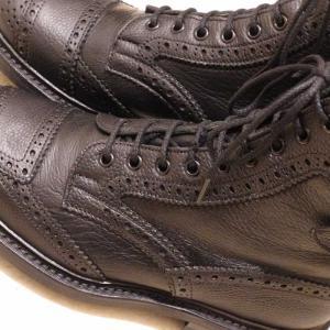 新しい靴を購入 〜 Tricker's トリッカーズ SHEENE モーターサイクルブーツ ディアスキン×グレインレザー 〜