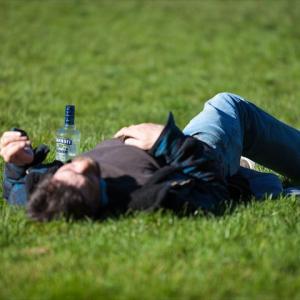【二日酔】お酒を飲みすぎた次の日ってなんでラーメン食べたくなるんだろう?