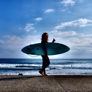 海は光る美女と光るトゲに注意⁉️ 木崎浜ビーチ❗️サーフィン