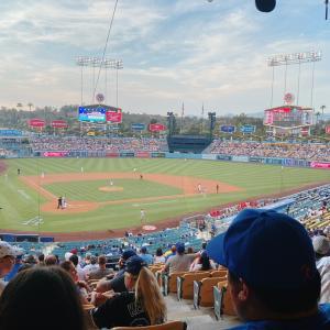 今夜のドジャースタジアム アメリカ国歌斉唱 カリフォルニア Los Angeles